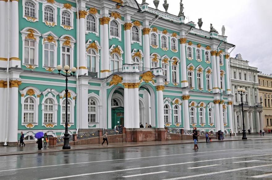 Эрмитаж в Санкт Петербурге